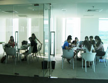 Monash Library Discussion Room